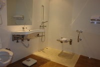 Afrin-Hotel-Bath-1.jpg