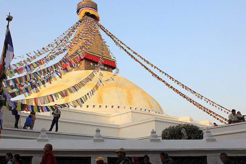 http://www.rollingrains.com/travelogues/graphics/Stupa.jpg